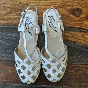 1940s vintage reproduction sandal shoes